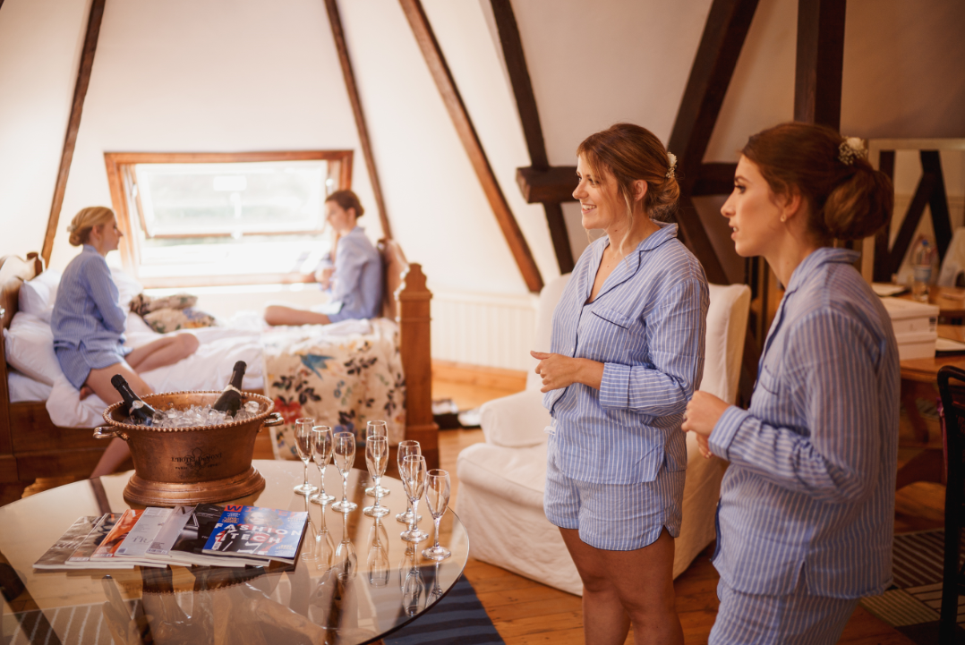 Wedding planning guide - bridesmaids