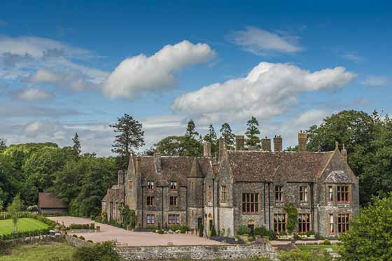 Country house hire venue - Huntsham Court