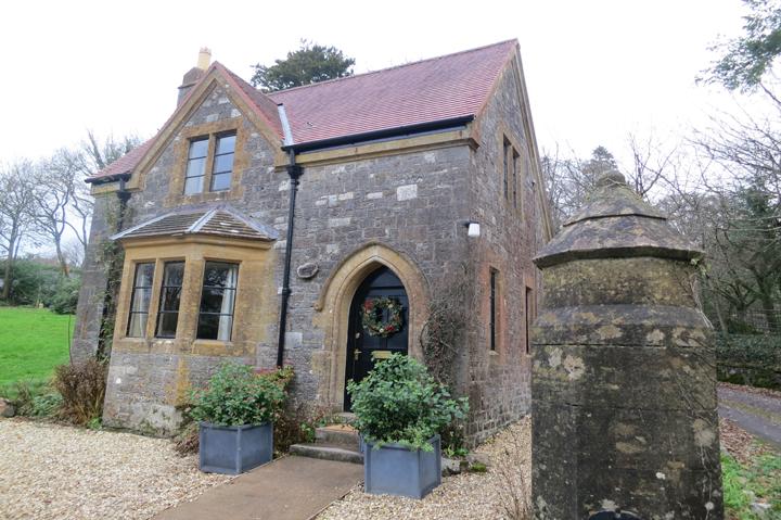 huntsham-court-gate-hosue-lodge_171
