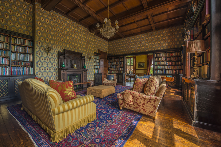 huntsham-court-library-ivista_dsc8442_edited-1.jpg