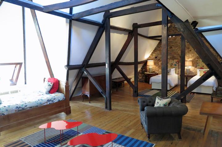 huntsham_court_ginger_bedroom_suite_a