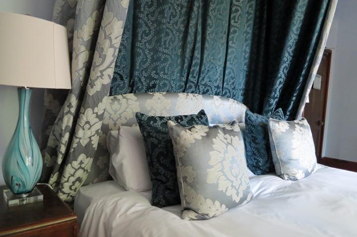 Luxury bedroom - Huntsham Court