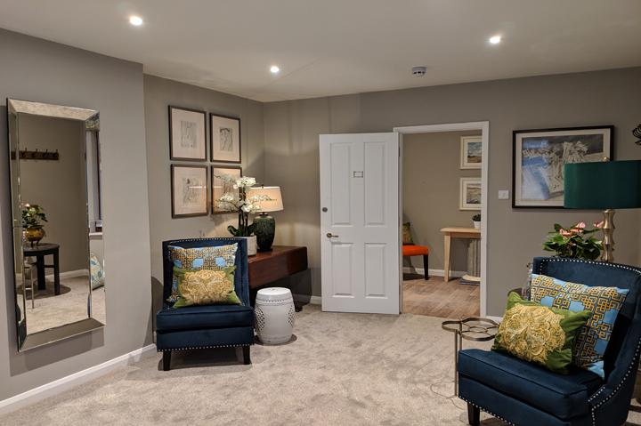 huntsham court - Oli lounge - web 720 -IMG_20190211_172323A
