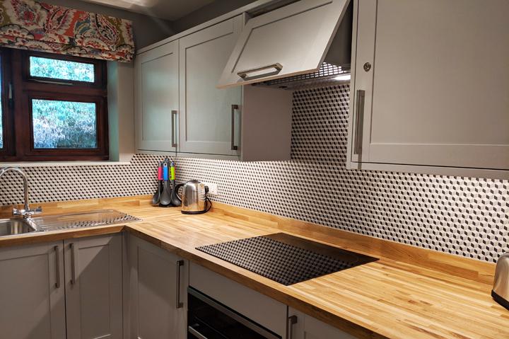 huntsham court - little lodge - kitchen -720 -MVIMG_20190225_130910A
