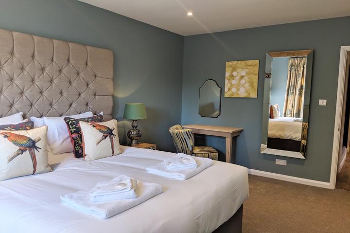 huntsham court - little lodge - talia bedroom -720 IMG_20190225_130754A