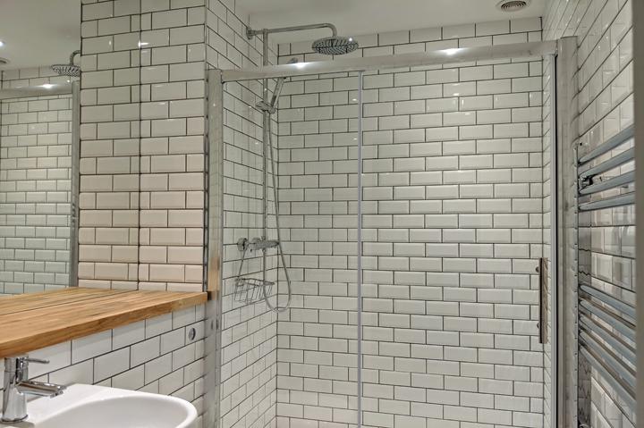 huntsham court - shower room - web 720 - MVIMG_20190211_172531A