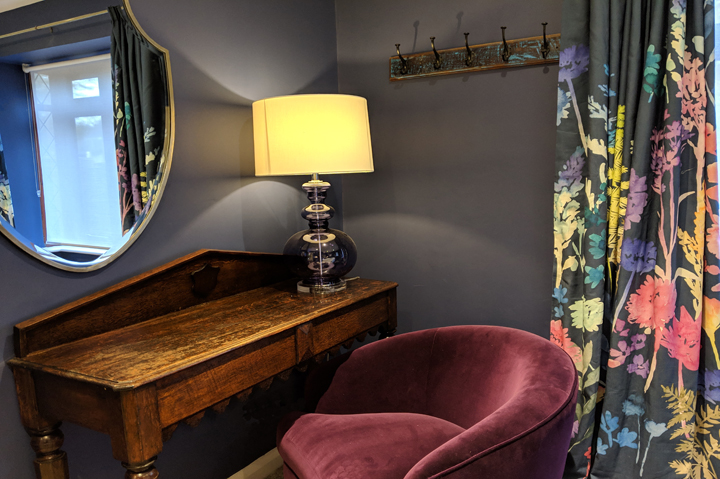 huntsham court - zach bedroom - WEB 720 MVIMG_20190211_165537A