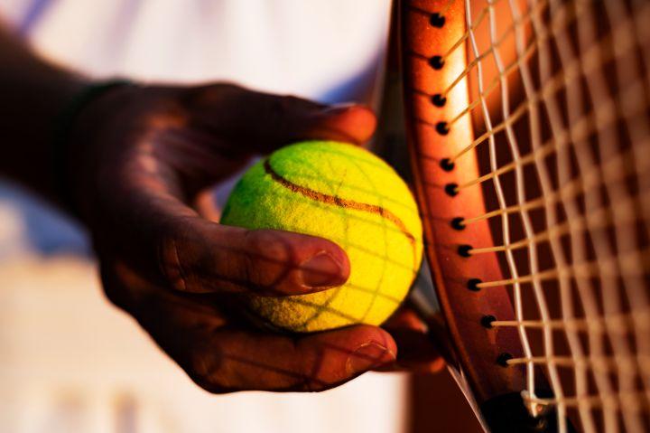 huntsham court tennis serve 720