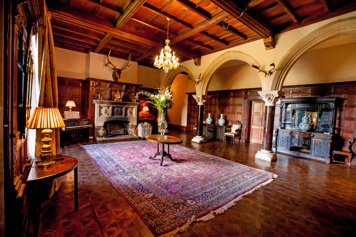 country-house-great-hall
