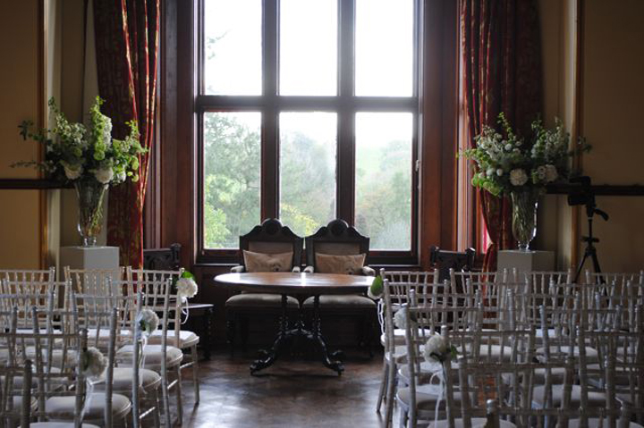 huntsham-ceremony-yellow-room