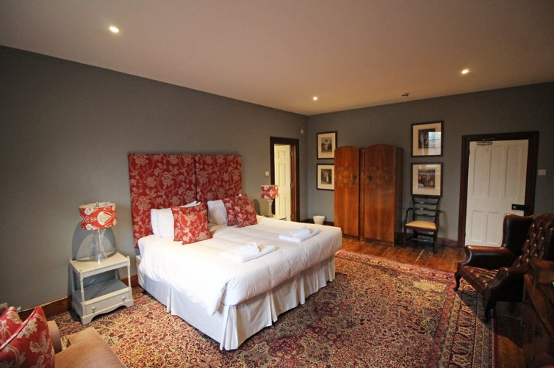 huntsham-court-cornet-bedroom-17b-img_5951