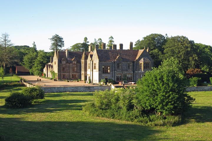 huntsham-court