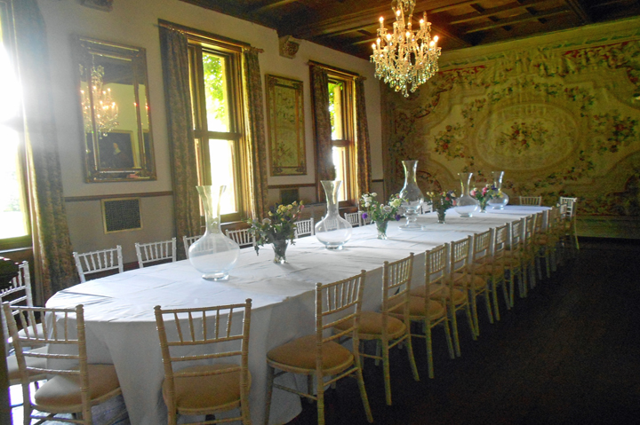 huntsham_court_dining_room_34-people_0