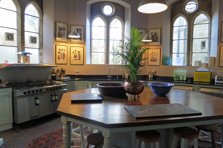 huntsham_court_kitchen_b