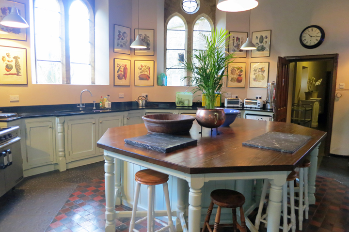 huntsham_court_kitchen_d