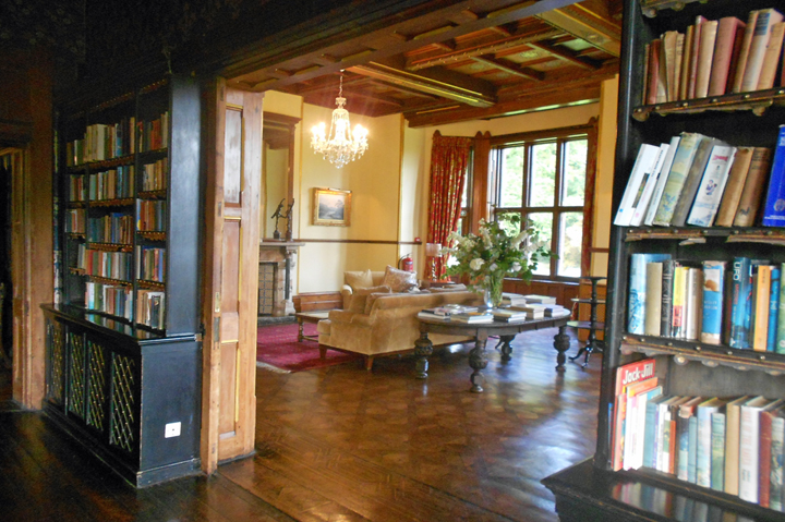 huntsham-court-library-reception-room