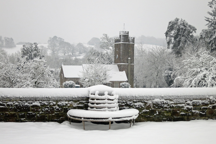 huntsham_court_snow_b