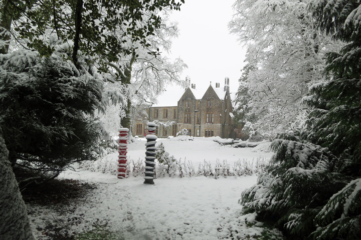 huntsham_court_snow_o